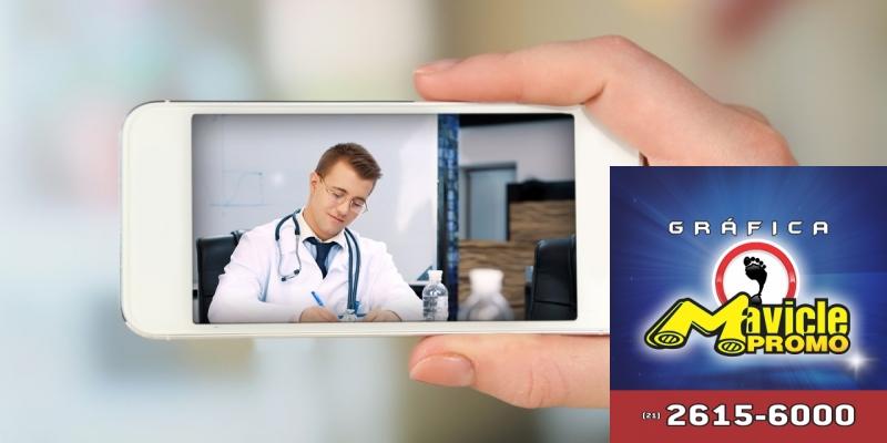 CVS Health expande os serviços de telesaúde   Guia da Farmácia   Imã de geladeira e Gráfica Mavicle Promo