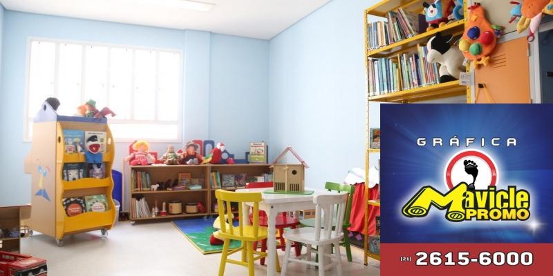 Aché apoia o projeto Pequenos e Grandes Leitores   Guia da Farmácia   Imã de geladeira e Gráfica Mavicle Promo