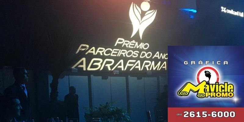 Abrafarma traz campeões do Prêmio Parceiros do Ano   Guia da Farmácia   Imã de geladeira e Gráfica Mavicle Promo