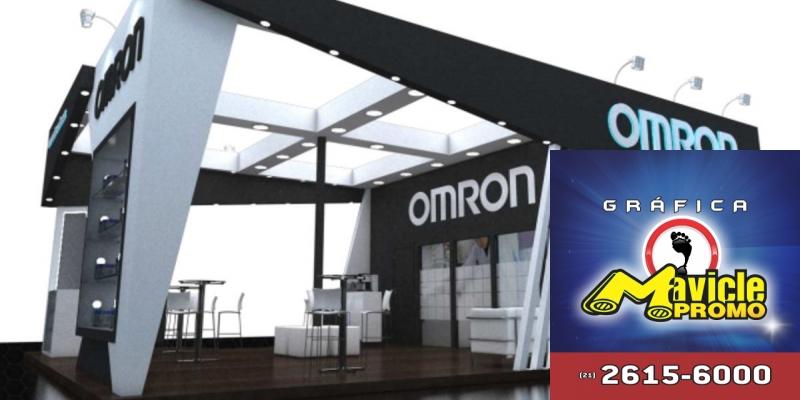 Omron apresenta nebulizador InalaPop no evento da Abradilan   Imã de geladeira e Gráfica Mavicle Promo