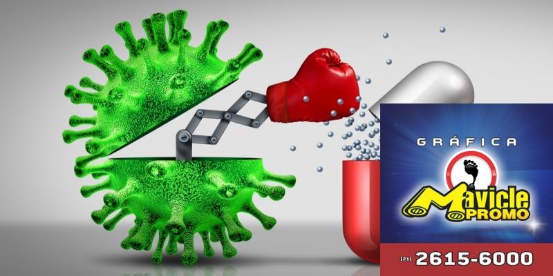 Conheça cinco fatos sobre a resistência bacteriana aos antibióticos   Imã de geladeira e Gráfica Mavicle Promo