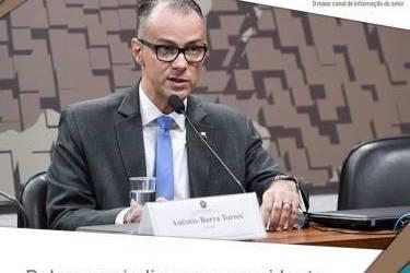 Bolsonaro indica novo presidente e diretor da Anvisa